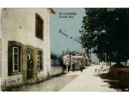 ST CYPRIEN- Grande Rue