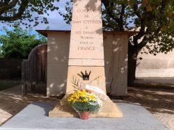 Fleurissement des tombes le 1er novembre
