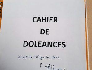 Cahier de doléances ouvert en Mairie de Saint-Cyprien