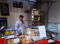 Nouveauté à St-Cyprien, à partir de ce samedi 14 décembre : La Rotisserie Du Pic s'installe sur le marché.
