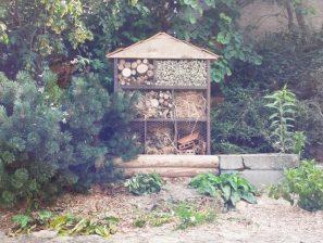 L'hôtel à insectes des enfants du CME pour protéger la biodiversité